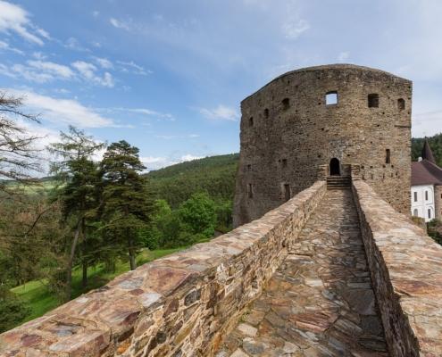 Hrad a zámek Velhartice - věž